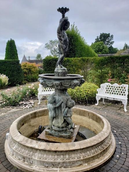 the garden at Lough Rynn